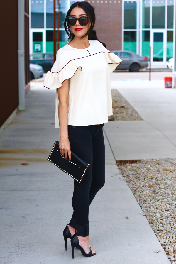 Frill of a Blouse