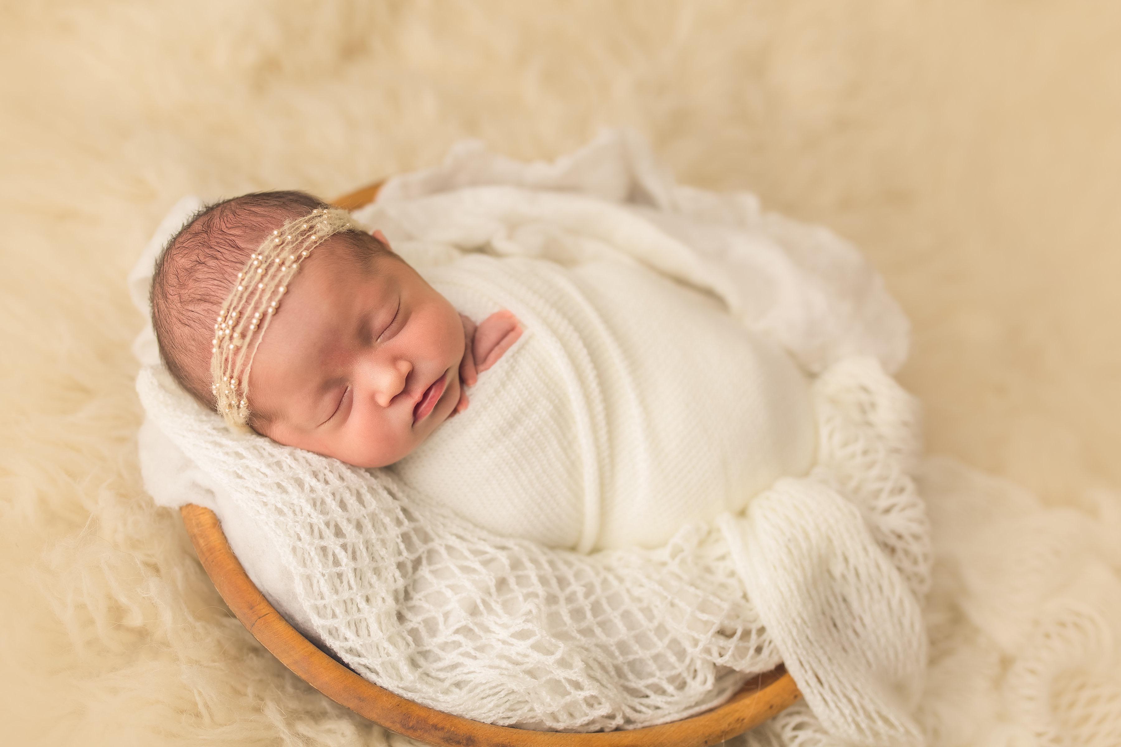 Monroe-newbornBekaPricePhotography-13