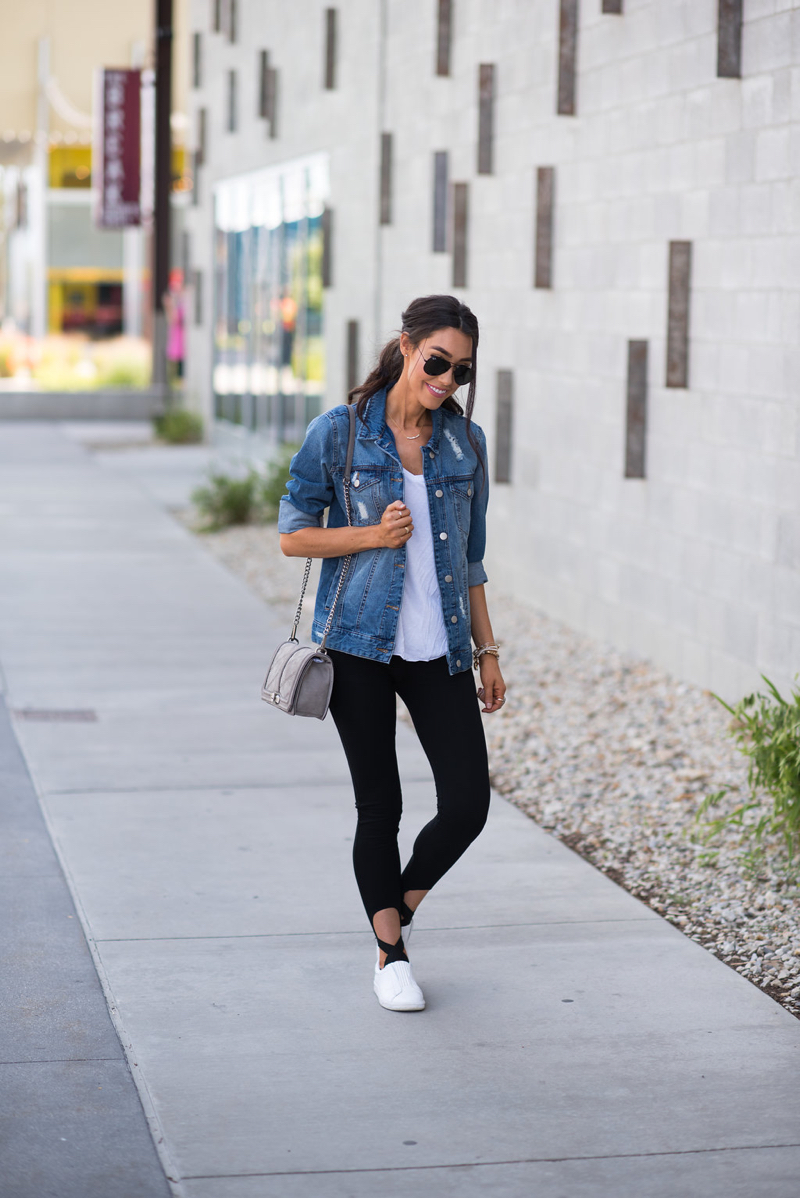 How to Wear a Denim Jacket With Leggings - Brittany Maddux